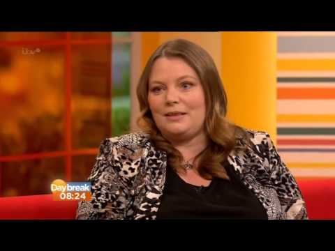 Joanna Scanlan on ITV wearing Beigeplus ed by Lorraine Kelly on Daybreak