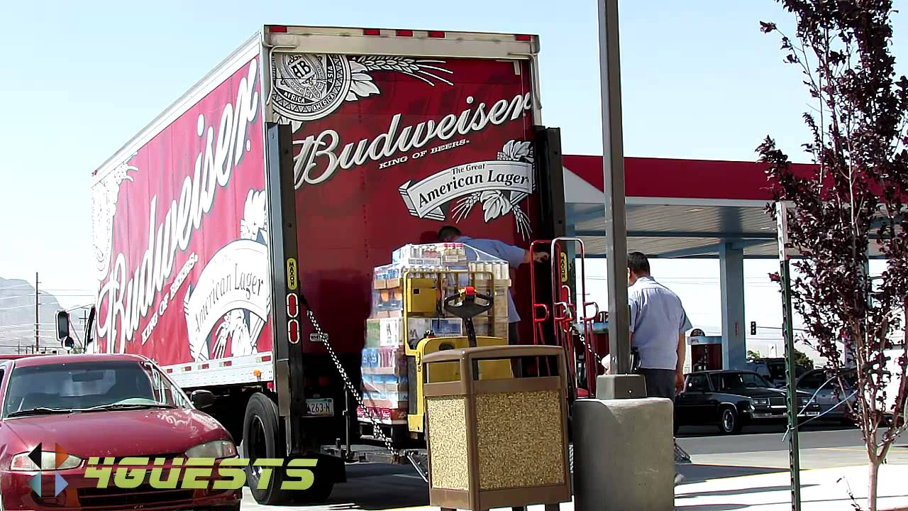 Budweiser Truck Anheuser Busch Beer Delivery Youtube