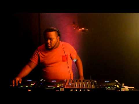 In Da Saloon Presentation Mix With Guest Dj BIGPAPA