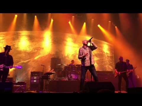 Midnight Oil - E-Beat - Oakland 5/27/2017