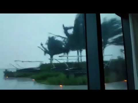 Hurricane Irma Moving Buildings & Creating Tornados in Miami