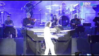 Shinymen.com - Yanni Au Festival International De Carthage 2014