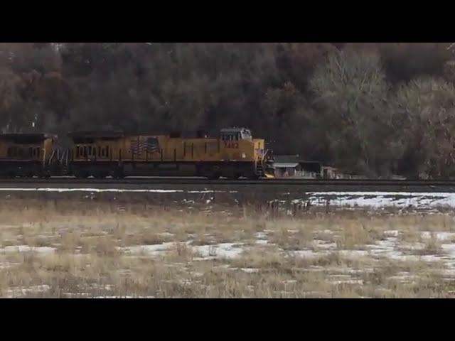 MRVNP meets coal train at milepost 989 in Riverdale Utah
