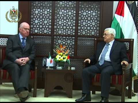President Abbas Receives the Irish Minister for Foreign Affairs and TradeCharlie Flanagan