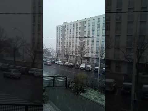 Marseille ce matin quand la neige tomber .