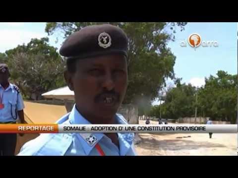 Somalie : Adoption d'une constitution provisoire