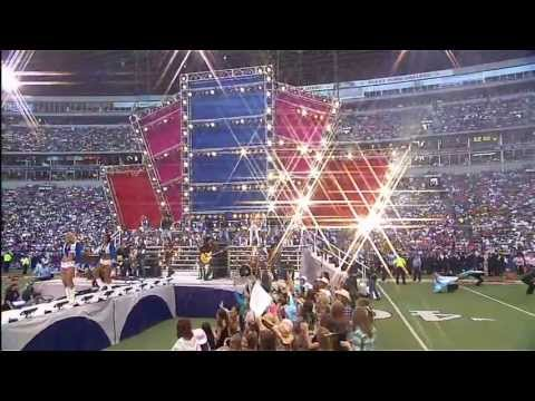 Carrie Underwood - We're Young and Beautiful & Before He Cheats Halftime Show (11-23-06)