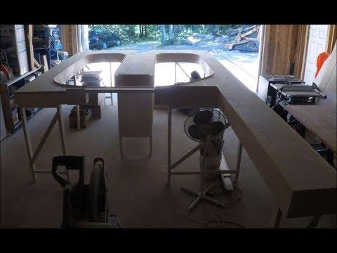 Model railroad benchwork in 12 minutes
