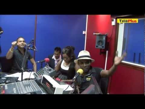 Mampi dans les locaux de Radio Plus