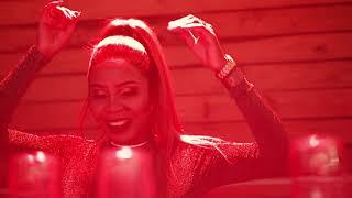 DJ Zandimaz Ft Nokwazi - Emathandweni (Official Music Video)