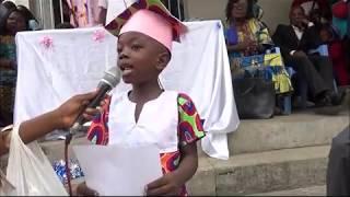 Expression de la gratitude par un enfant de l'école maternelle HPP-Congo de Selembao