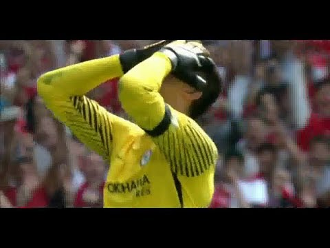 COURTOIS PENALITY MISS vs ARSENAL
