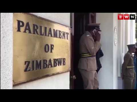 MPs arrive at Zim Parliament to start impeachment pricess