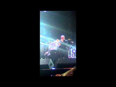 Planeta Atlântida 2012 canta parabéns para o Rapper Pitbull. (Florianópolis)