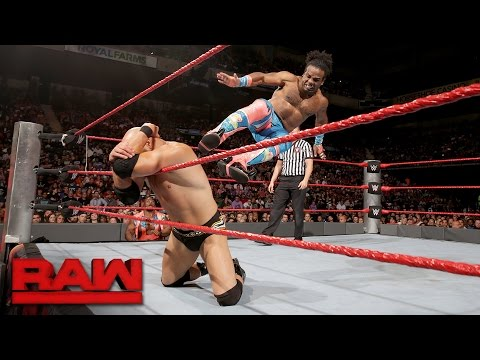 Kofi Kingston & Xavier Woods vs. Luke Gallows & Karl Anderson: Raw, Sept. 12, 2016
