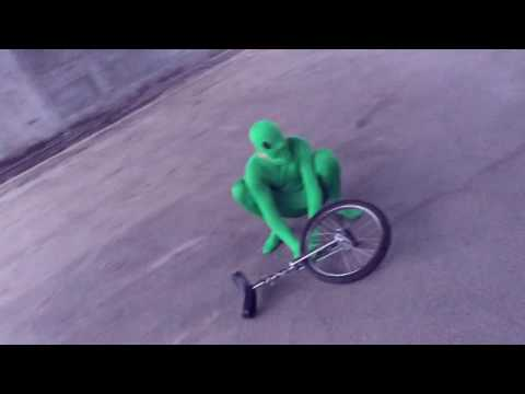 HERE COME DAT BOI.mov