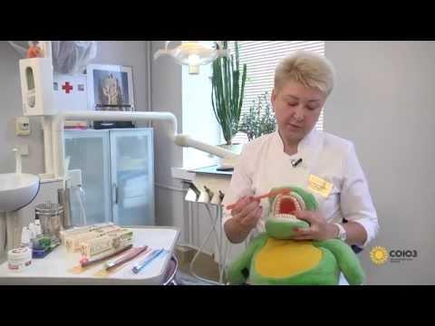 Cтоматолог-гигиенист Светлана Мартынова рекомендует зубную щетку R.O.C.S. PRO