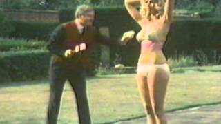 Repeat youtube video The Handyman.. Benny Hill.. Duped By Many!