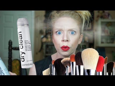 DRY SHAMPOO FOR MAKEUP BRUSHES!- FIRST IMPRESSION FRIDAY!