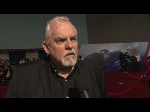 Cars 3 World Premiere - interview John Ratzenberger  (official video)