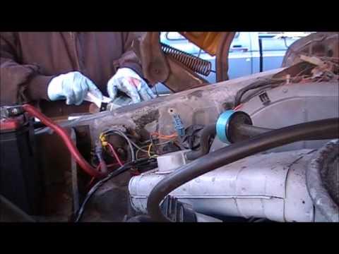 Bronco Alternator Renistallation - YouTube