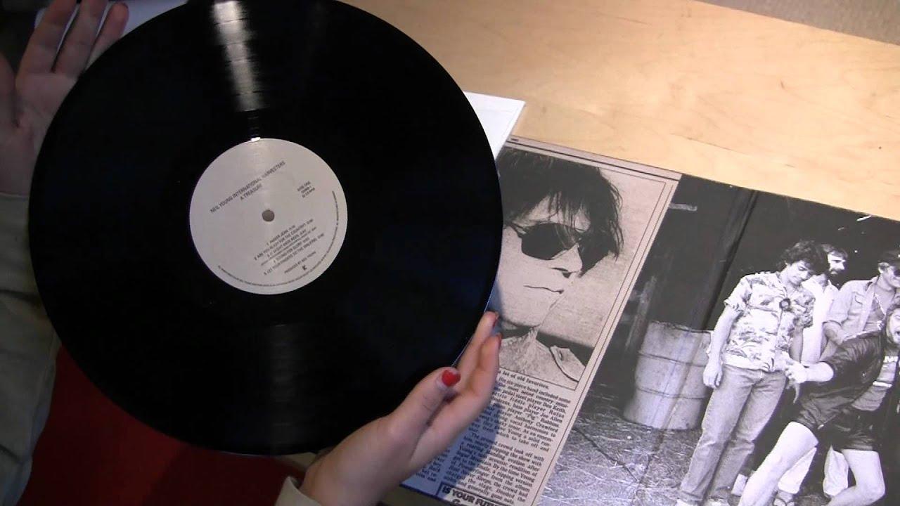 Neil Young Vinyl : neil young a treasure vinyl unboxing youtube ~ Russianpoet.info Haus und Dekorationen