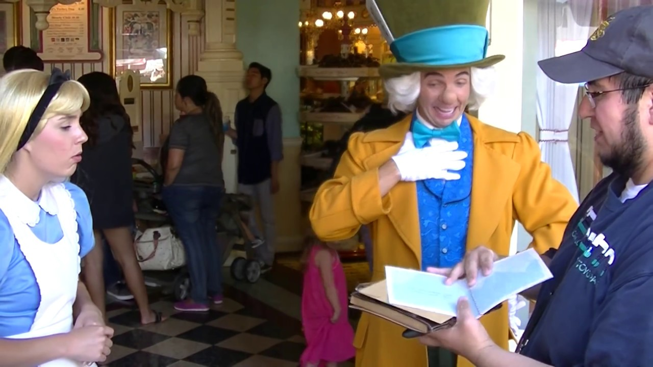 New alice mad hatter funny meet greet in disneyland 60th new alice mad hatter funny meet greet in disneyland 60th anniversary youtube m4hsunfo