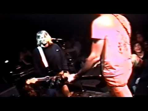 Nirvana Live, Trees venue in Dallas Texas 10/19/1991. Full show remastered (Kurt fights security)