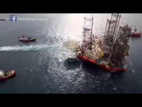☆☆ Exclusive ☆ How JackUp drilling Rig is moved ?! ☆☆