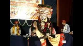 Yakshagana Poorva ranga: stri bannada tere porpat.MPG