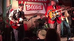 Deke Dickerson backed by The Reverend Horton Heat with surprise guests at Nashville Boogie 2016