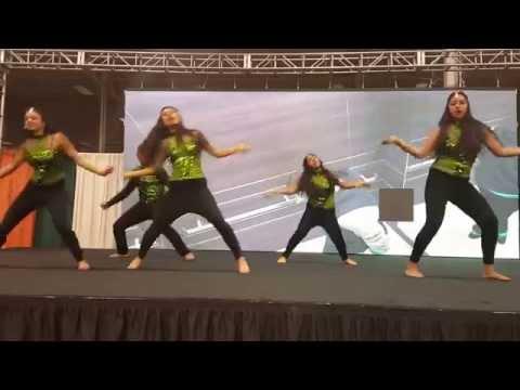 Aaj ki party dance