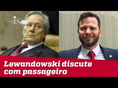 A carteirada autoritária de Lewandowski