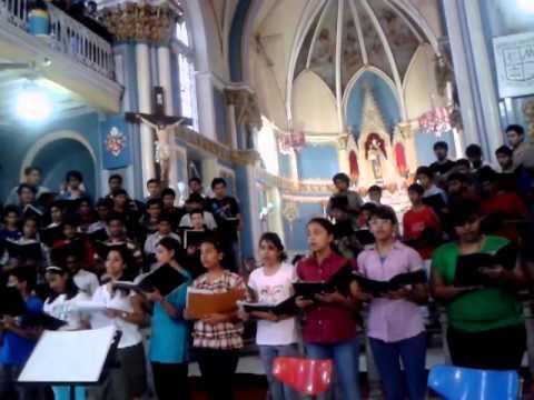 Prayer at Mount Mary Church, Bandra