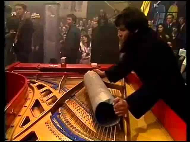 1987, музыкальный ринг. Сергей Курехин, Сергей Летов, Виктор Цой, Олег Гаркуша