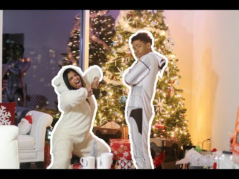 Download Youtube: HILARIOUS COUPLES CHRISTMAS ONESIE DANCE BATTLE!!! | VLOGMAS DAY 23