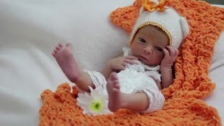 Радость Рождения. Выписка от 6.11.15(Выписная студия «Радость Рождения» работает с новорожденными детками до 14 дней от рождения. Так как эти..., 2015-12-30T08:02:36.000Z)