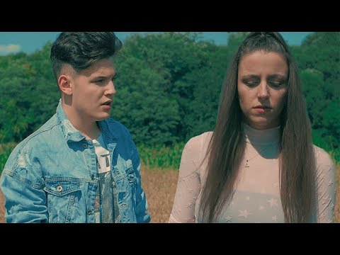 Alex Alvarez & Diana C - LOVE (Official Video)