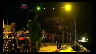 Queens Of The Stone Age - no one knows (Reading Festival 2008)