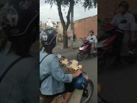Saigon - District 1 to District 7 by motorbike