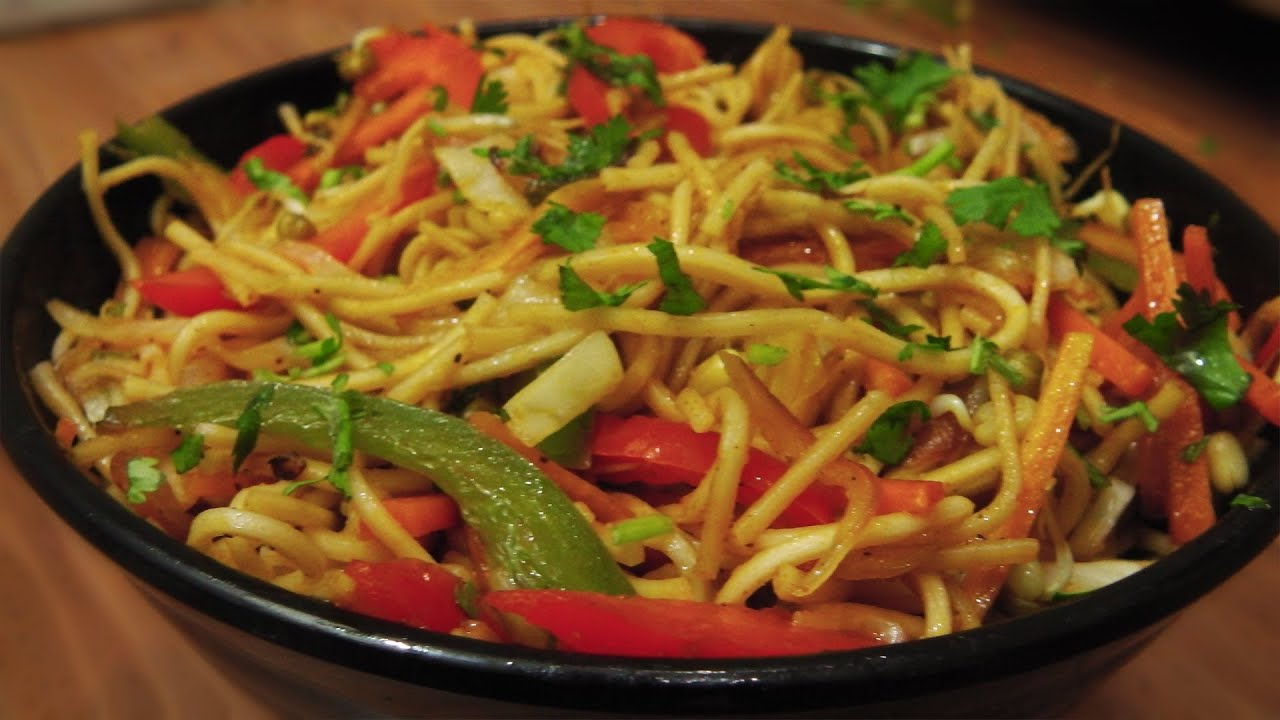 Veg hakka noodles recipe indo chinese cuisine youtube forumfinder Images