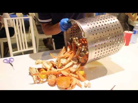 Caboodle Boil / Titanic Pot from Crab in da Bag, Big Splash, Singapore