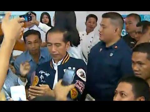 Blusukan dan Belanja di Mal, Presiden Jokowi Belanja Kaos Diskon