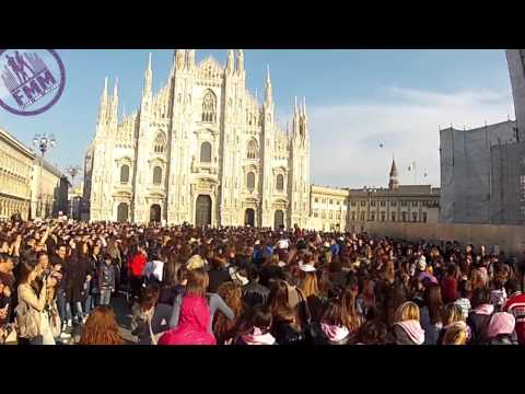 FMM Flash Mob Milano Partyrock Flashmob - LMFAO Welcome to Milan!