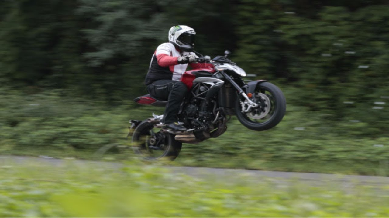 2017 mv agusta brutale 800 road test review overdrive youtube