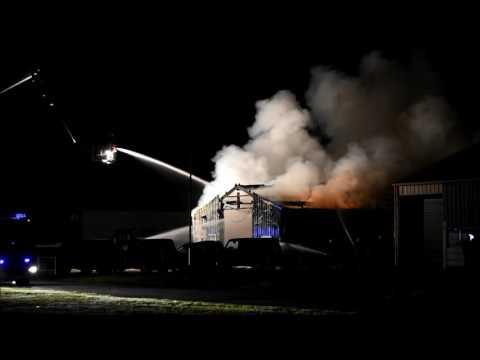 Grote brand autobedrijf Berlikum (06-11-2016)