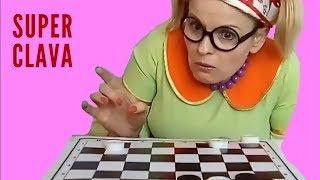 ШАШКИ ЧАПАЕВ Вот как нужно играть в шашки! Чапаев в исполнении Клавы.