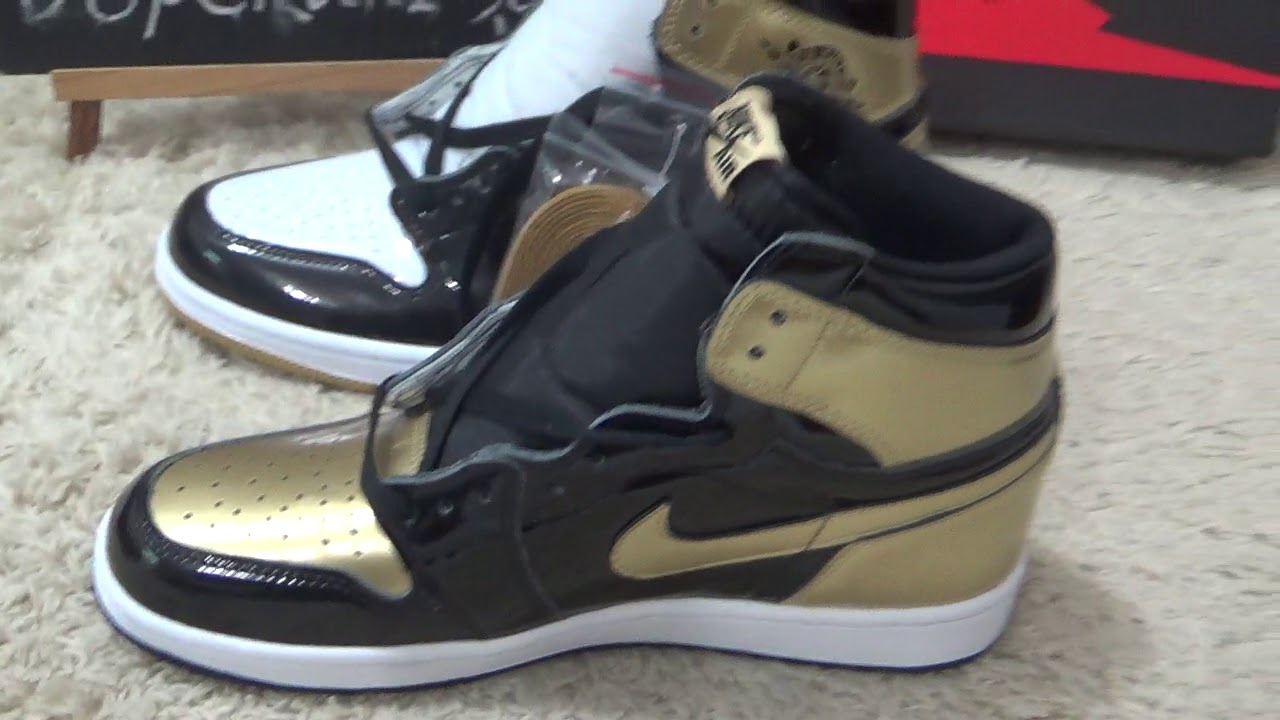 89fe2bc77f9923 Authentic Air Jordan 1s Top 3 Gold Black Review from Dopekickz23 ...
