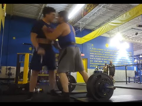 Indy Webmaster Blog - Guy Attacked By Stranger For Deadlifting Too Loudly