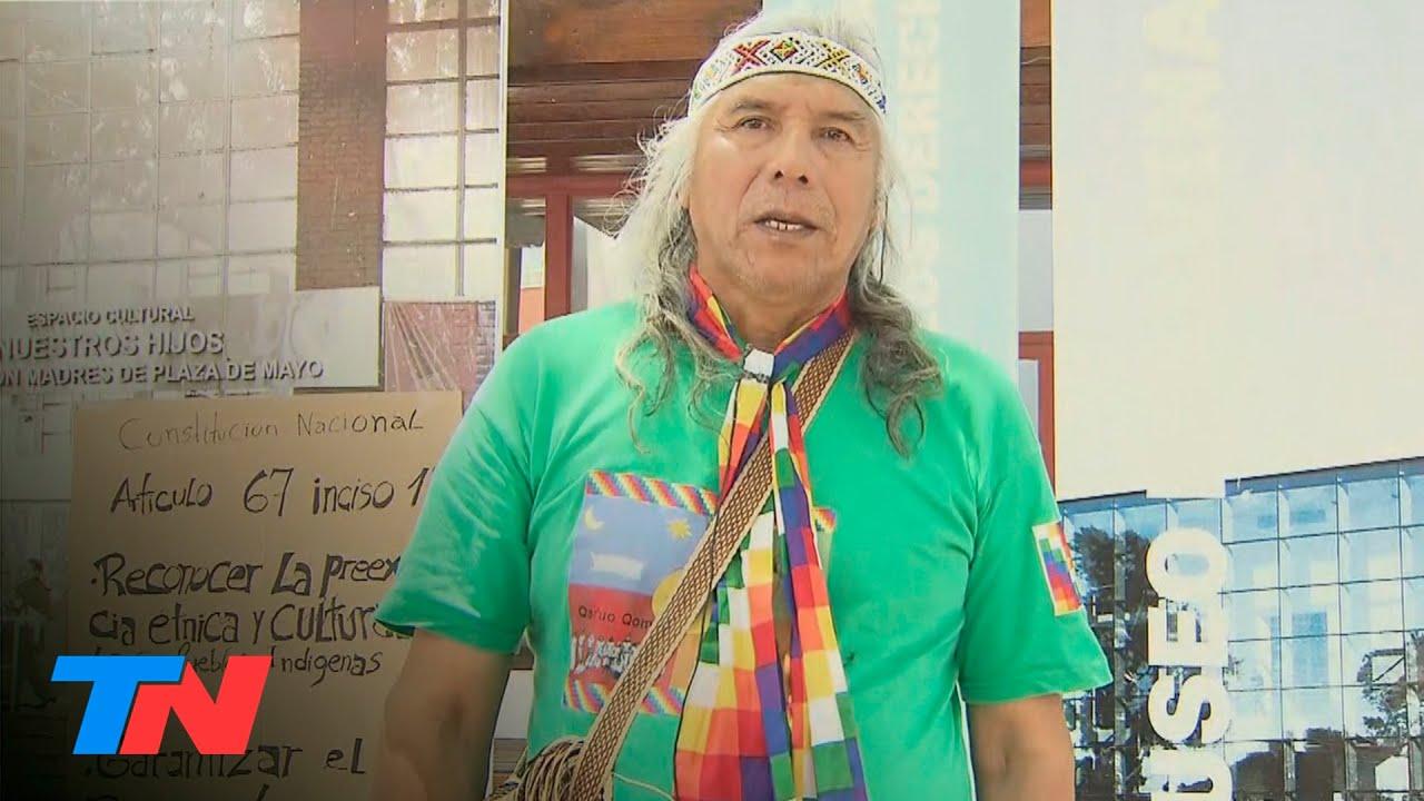 Protesta del líder qom Félix Díaz frente a la exESMA: denuncia que no lo dejan entrar a la INAI